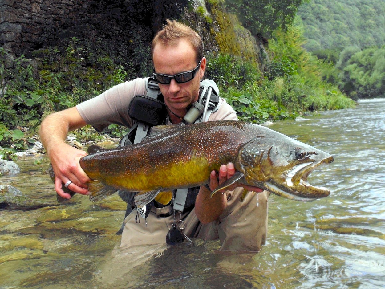 Fly fishing guide Rok